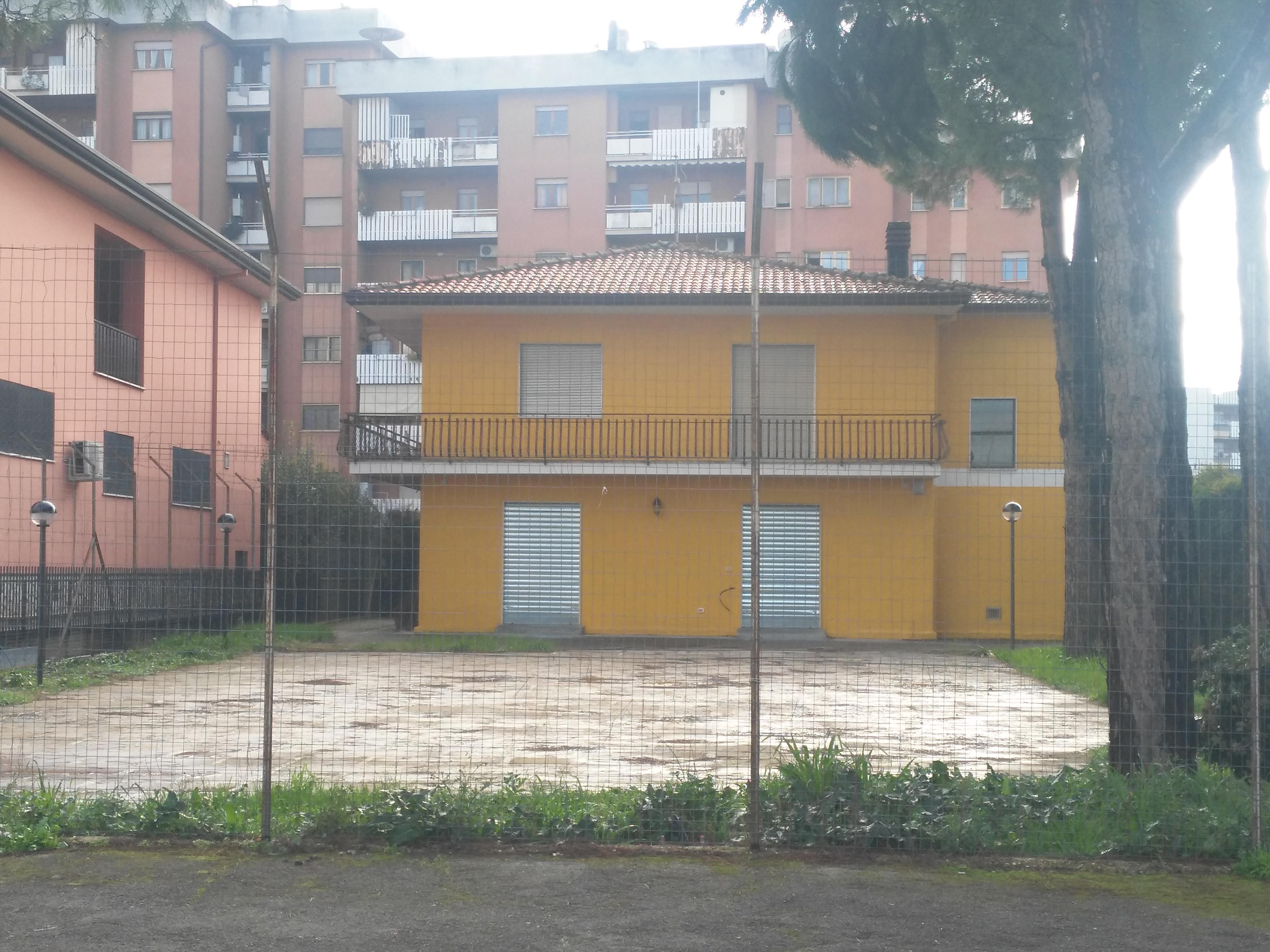 FROSINONE BASSA – Via Tomaso Albinoni (vicino uscita autostrada Frosinone)