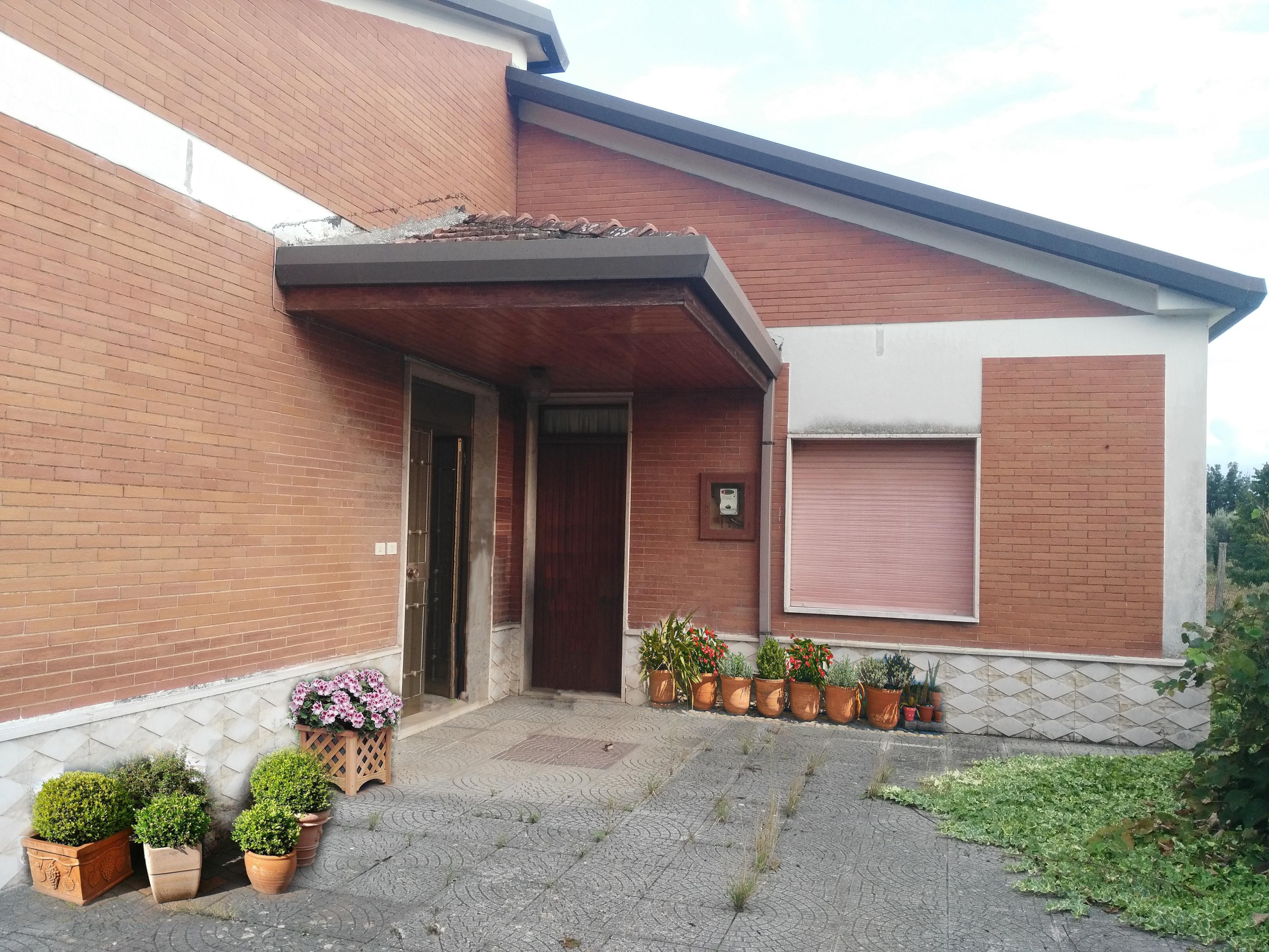 ALATRI (FR) – Zona Tecchiena – Via S. Manno